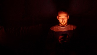 Americans Now Spend Nearly HALF Of Their Waking Hours Looking At A Screen, According To Study
