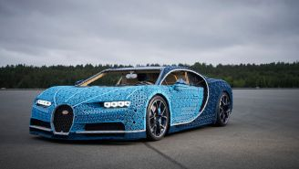 Amazing Life-Size Working Bugatti Chiron Is Made Of 1 Million Legos, But You Could Bicycle Faster Than This Car