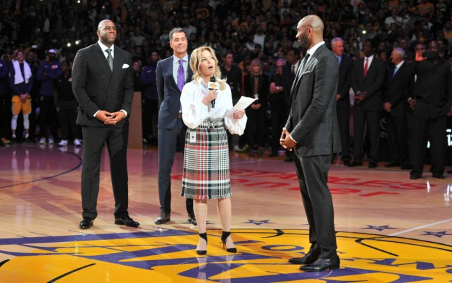 Lakers Owner President Jeanie Buss Selling Home