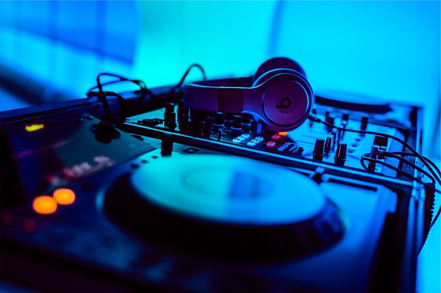 highest paid DJs