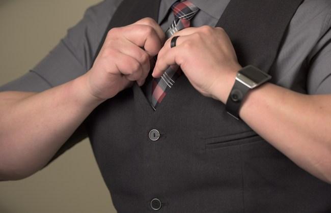 why do men wear ties