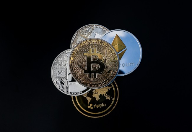 bitcoin loses market share ethereum