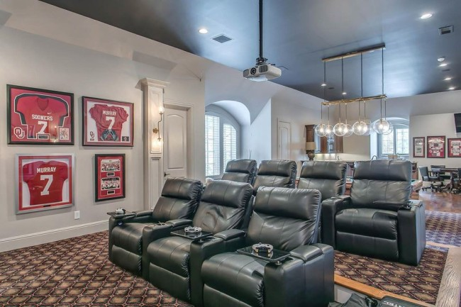 DeMarco Murray Selling Nashville-Area Home