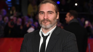 First Makeup-Less Photo Of Joaquin Phoenix As The Joker And What He Could Look Like In Full Face Paint
