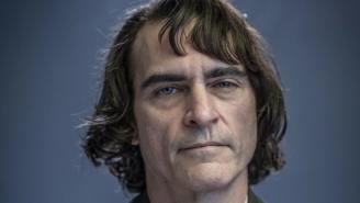First Photo Of Joaquin Phoenix In Joker Makeup Revealed And He Definitely Looks Like A Mass-Murdering Clown