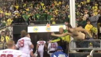 Oregon Fans Curse And Throw Bottles At Stanford Players In The Tunnel After Heartbreaking Loss