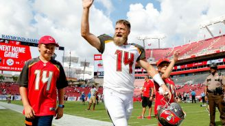 Ryan Fitzpatrick Borrowed An Absurd Outfit From A Teammate And Lit The Internet On Fire