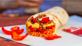 Taco Bell Is Bringing Back A Fan Favorite To Fill The Beefy Crunch Burrito-Shaped Hole In Our Hearts