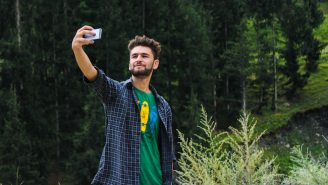 Over 250 People Have Died While Taking Selfies Because Natural Selection Is Very, Very Real