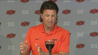 Mike Gundy's Hilarious Take About Twitter Is The Real Reason He's The Best F'in CFB Coach Around