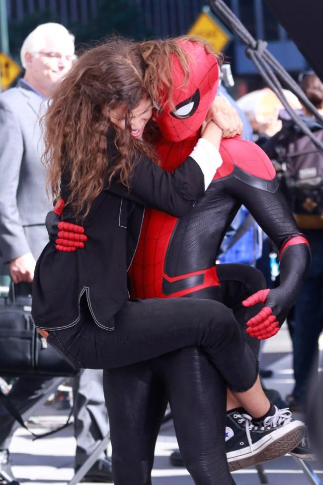New Videos Pics Tom Holland Zendaya Spider-Man Far From Home