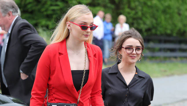 Sophie Turner Maisie Williams Baths High