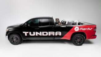SEMA 2018: Toyota's Hydrogen-Powered Tundra Is A Truck With Pizza-Making Robots For A Slice On The Go