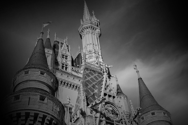 Urban Legend People Scattering Ashes Disney World