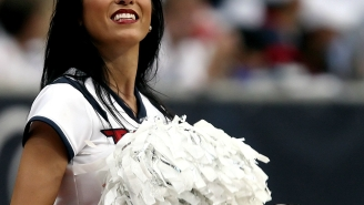 Arkansas Football Players Suspended For Shooting Their Shot With Cheerleaders Instead Of Warming Up