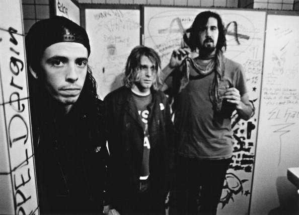 American rock group Nirvana, backstage in Frankfurt, Germany, 12th November 1991. Left to right: drummer Dave Grohl, singer and guitarist Kurt Cobain (1967 - 1994) and bassist Krist Novoselic. (Photo by Paul Bergen/Redferns/Getty Images)