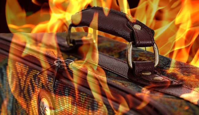 Man Sets Luggage Fire Flight Cancelled
