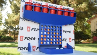 4PONG: A New Party Game For Bros That Combines Beer Pong With A 4-In-Row Game