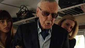 Internet Reacts With Love Following Stan Lee's Death – Fans And Celebrities Celebrate A 'Real-Life Superhero'