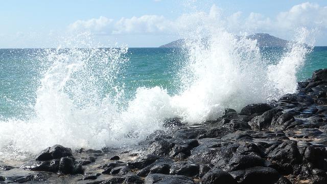 Splash Black Rock Ocean Mayotte Beach Tropical
