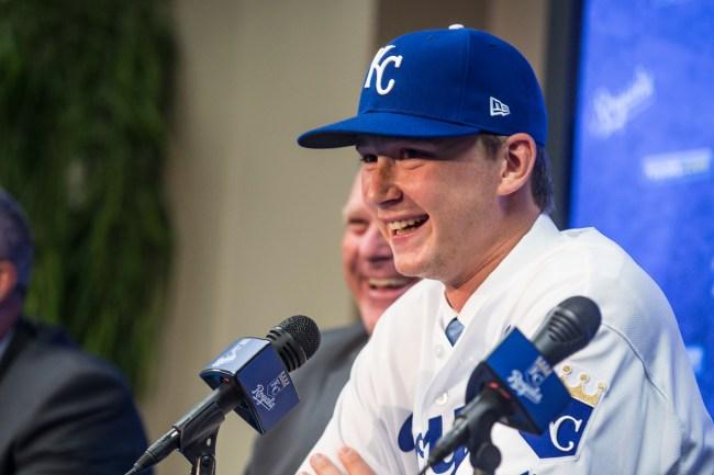 Royals pitcher Brady Singer