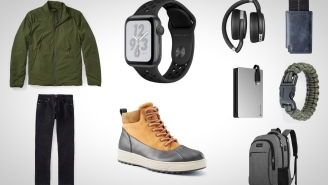 9 Everyday Carry Essentials: Stay Connected