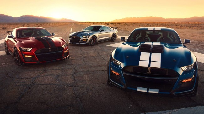 2020-ford-mustang-shelby-gt500-photos
