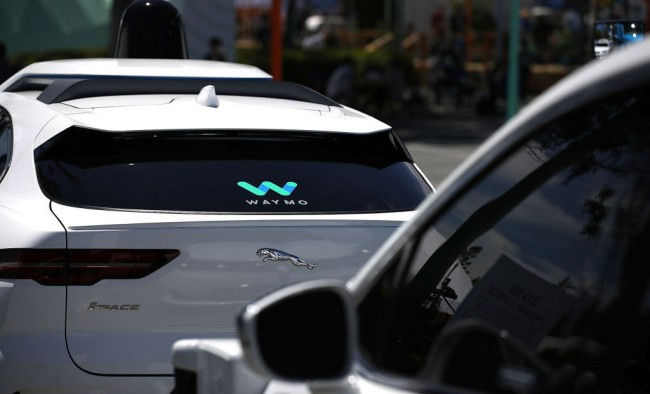 People In Arizona Are Wielding Knives Throwing Rocks At Waymo Self-Driving Vehicles