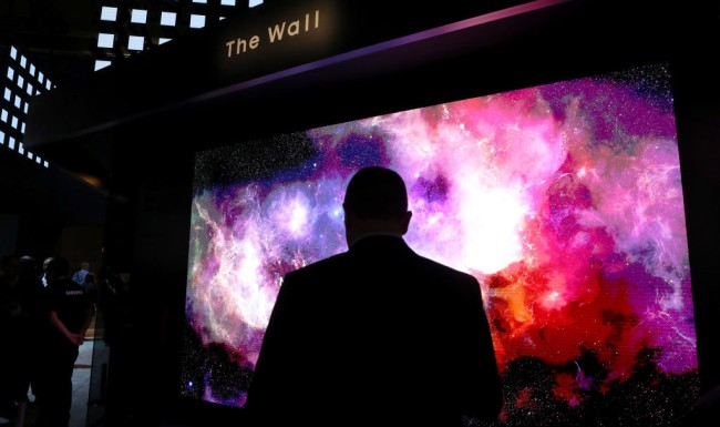 best new tvs at ces 2019 include lg oled tv r and samsung the wall
