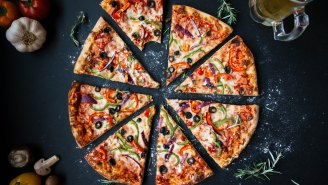 This Math About Pizza Size Is Blowing People's Minds And It's Useful Info If You're Counting Calories
