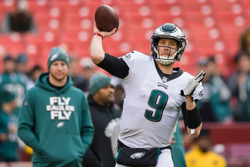 Nick Foles Or Carson Wentz Who Should Be The Philadelphia Eagles