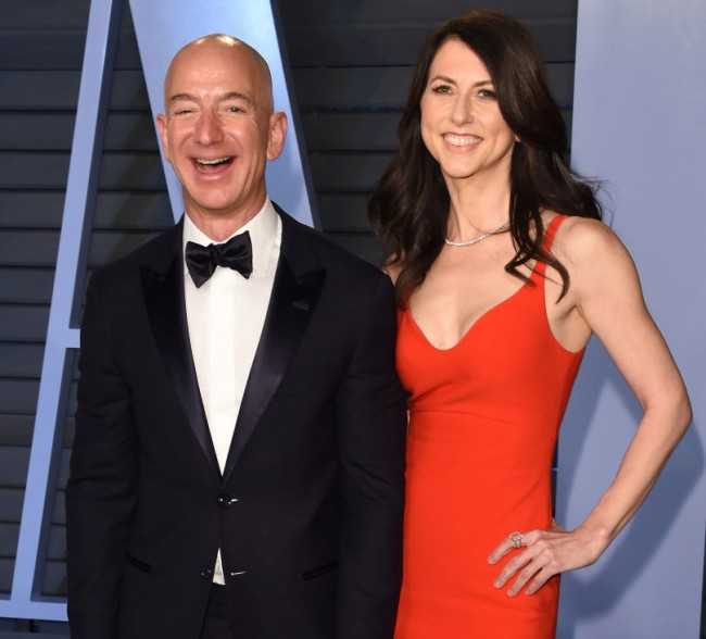 jeff bezos and wife mackenzie don't have a prenup for their divorce