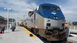 Amtrak Passengers Were Stranded On A Train For Almost Two Days And It Sounds Like The Definition Of Hell