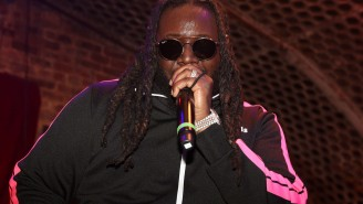 T-Pain Walks Off Stage After A Fan Drills Him In The Face With A Beach Ball At Concert