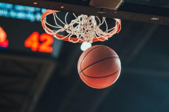 Basketball hoop, basketball scoring in the stadium