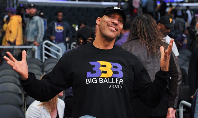 Lavar Ball Blasts Luke Walton And The Lakers Amid Lonzo Trade Rumors