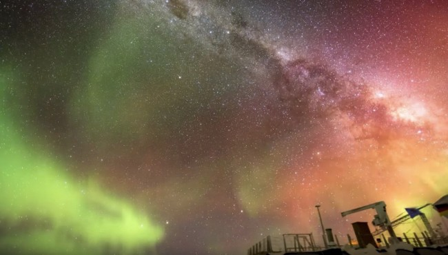 Southern Lights South Pole