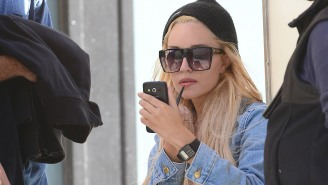 Oh No… Amanda Bynes Is Back In A Mental Health Facility After A Stress-Induced Relapse