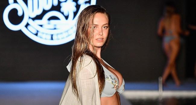Bret Michaels Daughter Raine Posing For Sports Illustrated Swimsuit