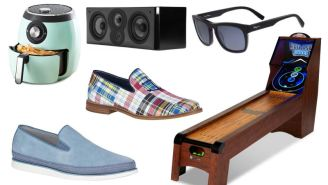 Daily Deals: Sperry Shoes, Veggie Bullet, Ferragamo Sunglasses, QLED TVs, Urban Outfitters Sale, Timbuk2 Bags And More!
