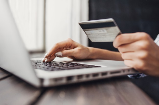 how much drunk americans spend shopping online