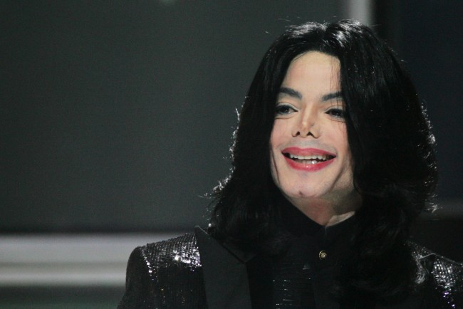 Aaron Carter Defends Michael Jackson against Leaving Neverland accusers
