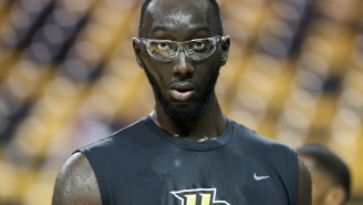 """7'6"""" Tacko Fall Standing Next To Sideline Reporter Tracy Wolfson Will Make You Question If They're The Same Species"""