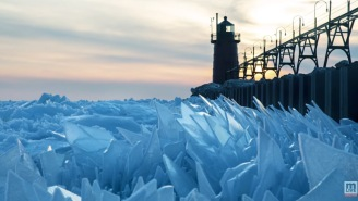 Nature Is Metal: Lake Michigan Is Filled With Giant Shards Of Ice, Looks Straight Out Of 'Game Of Thrones'
