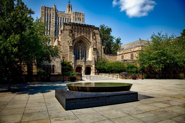 Yale rescinds admission of a student whose family paid $1.2 million to get her in