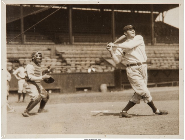 Babe Ruth playing baseball 1920s