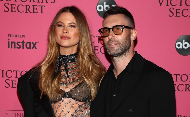 Adam Levine Behati Prinsloo Selling Beverly Hills Mansion For 47_5M