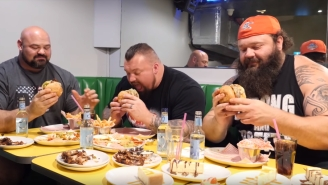 World's Strongest Men Do 20,000 Calorie Challenge, Squeeze Into Tiny Economy Airplane Seats Together In Hilarious Photo
