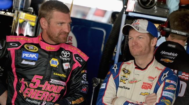 Clint Bowyer Shows Up Dale Earnhardt By Shotgunning Beer In 3 Seconds