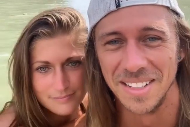 influencer couple ripped on social media for 'ridiculous' travel photo